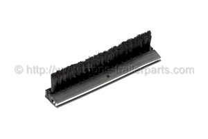 Brushes seal front wall middle stake